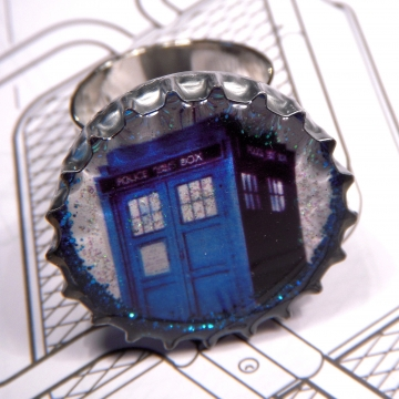 Blue Box Ring